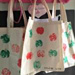 An Apple for the Teacher – Print your own fabric bags