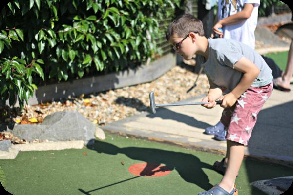 mini mini golf