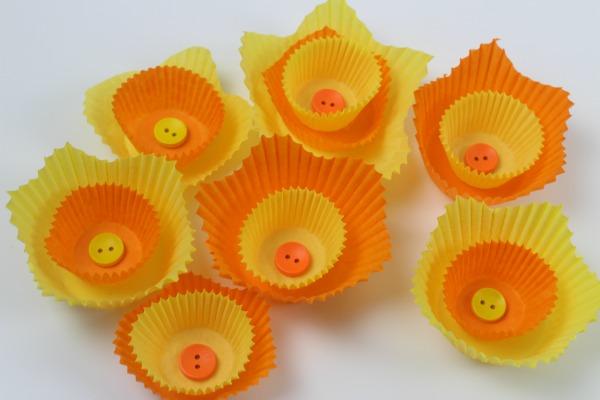 cake case daffodils 4