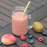 Kids Fruit Smoothie – cooking with kids