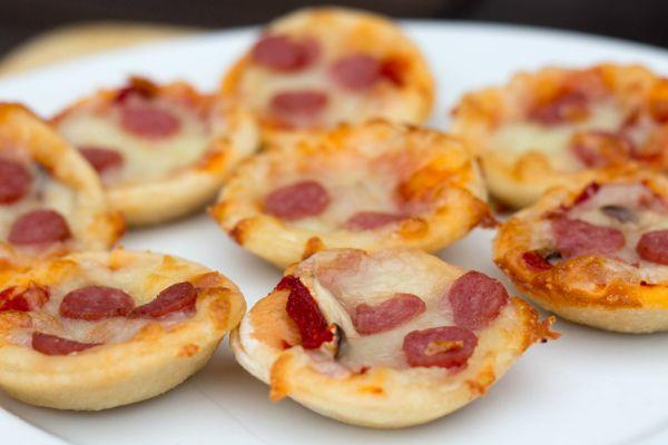 mini pizza bites 1