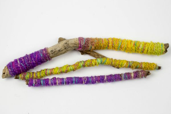 yarn wrapped sticks 2