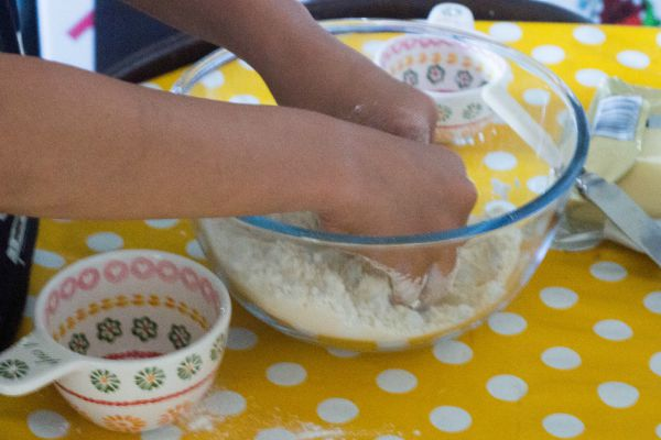 how to make damper with plain flour