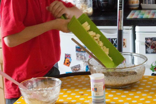 Quinoa apple cake