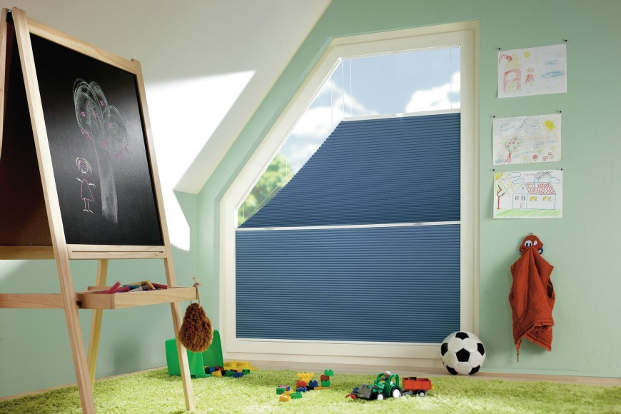 Save energy by installing the right blinds mum in the - Verdunkelung kinderzimmer ...