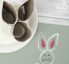 How to make a Recycled Toilet Roll Easter Bunny Stamp. This simple kids activity is perfect for Easter or Spring. A fun DIY Kids Craft and art activity