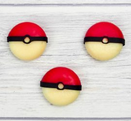 Easy Edible Pokeballs