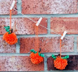 How to make Pom pom pumpkin garland