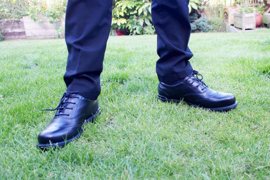 Top tips for choosing school shoes for tweens and teens ...