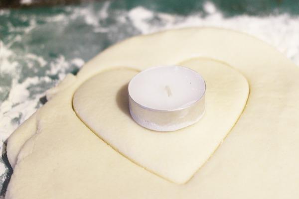 heart tea light candle holder