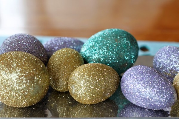 diy-glitter-eggs-justbella-01