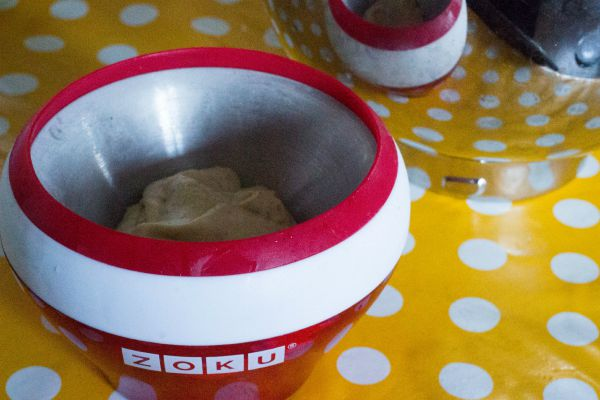 Easy Pistachio Ice cream 3