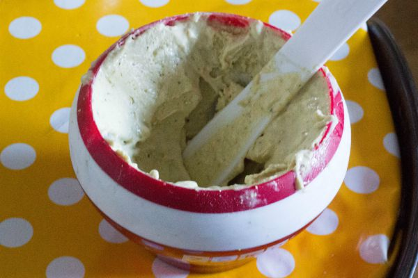 Easy Pistachio Ice cream
