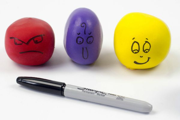 adding faces on the balloons
