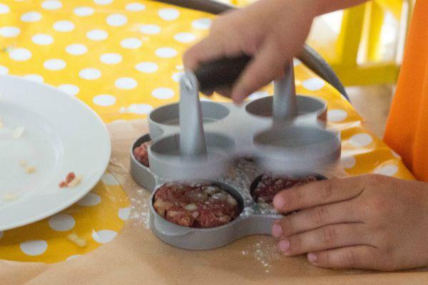 homemade burgers 2