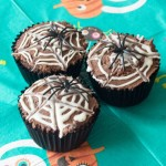 Spider Web Cupcakes – cooking with kids