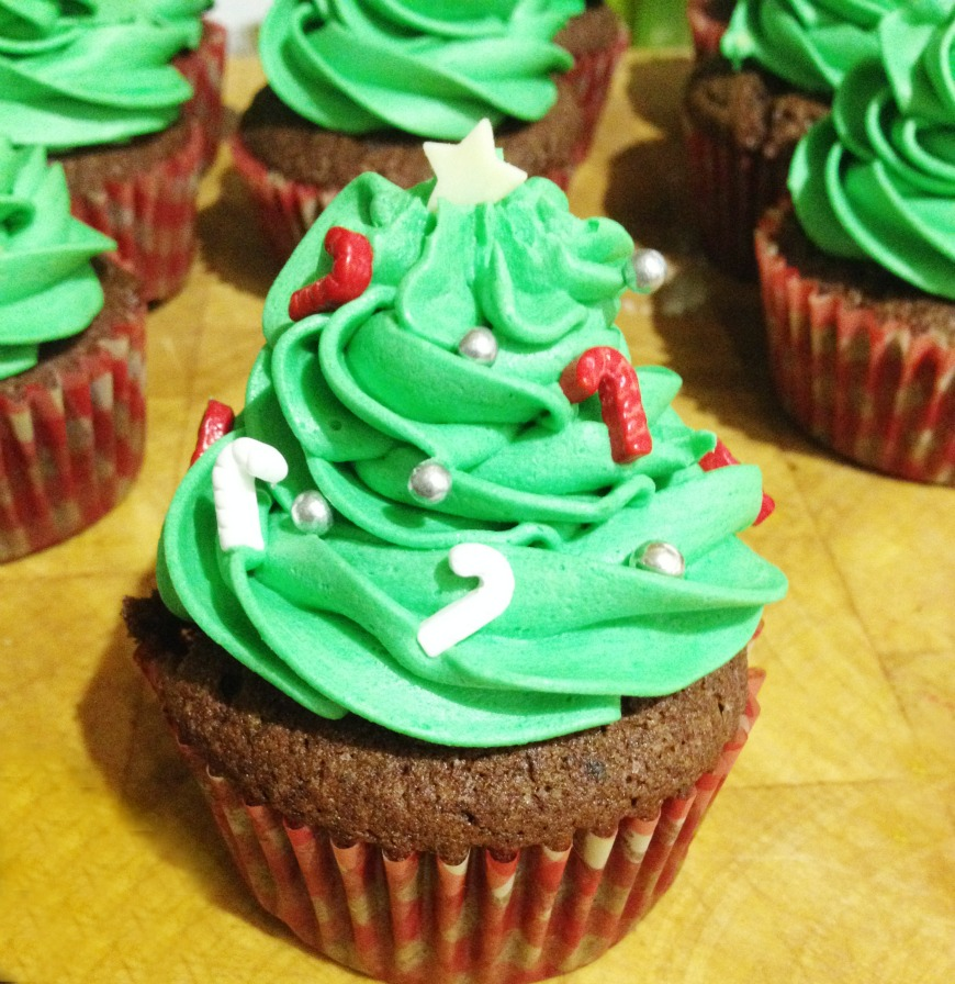 The Uk S Best Festive Cake Christmas Tree Cupcakes Mum In The