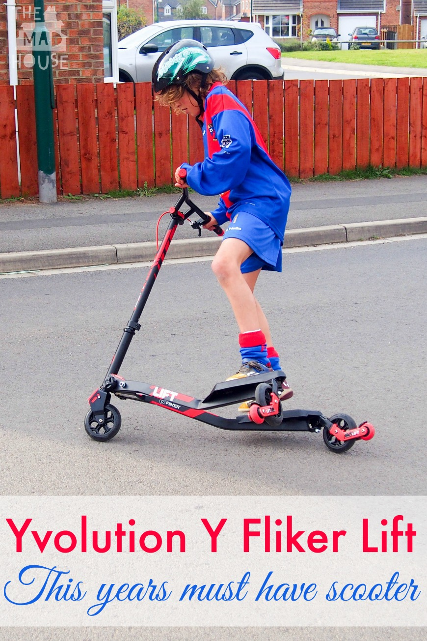 Yvolution Y Fliker Lift. This years must have scooter. The Y Fliker is a fun three wheel stunt scooter perfect for over 7's