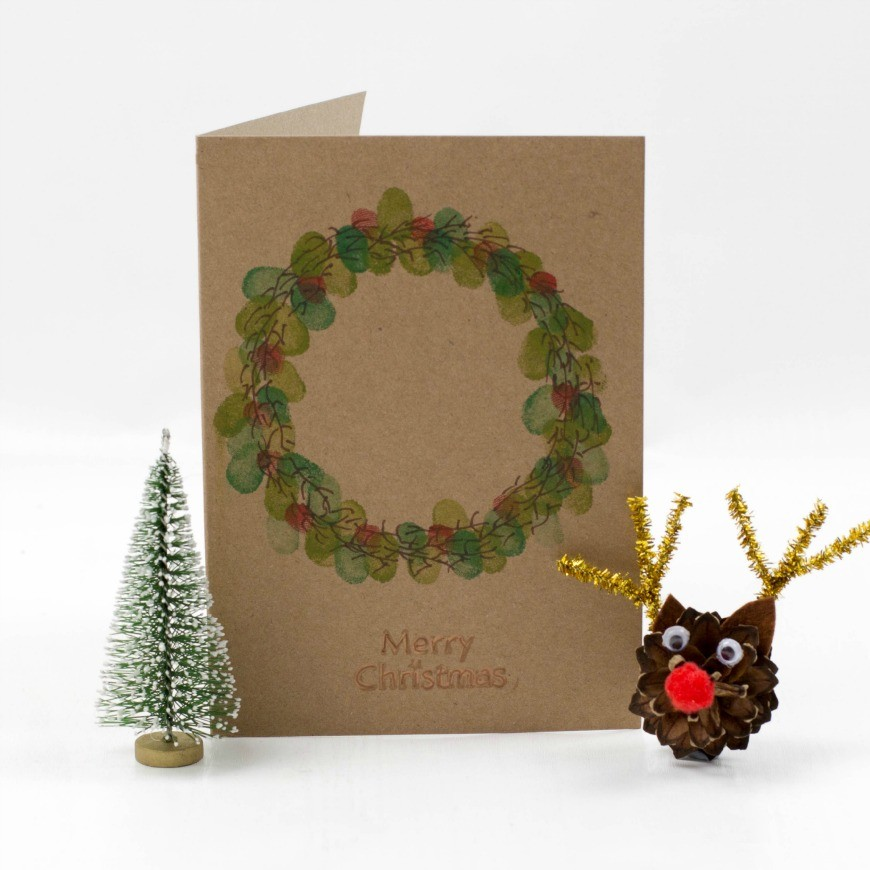 kid made fingerprint wreath christmas card mum in the madhouse