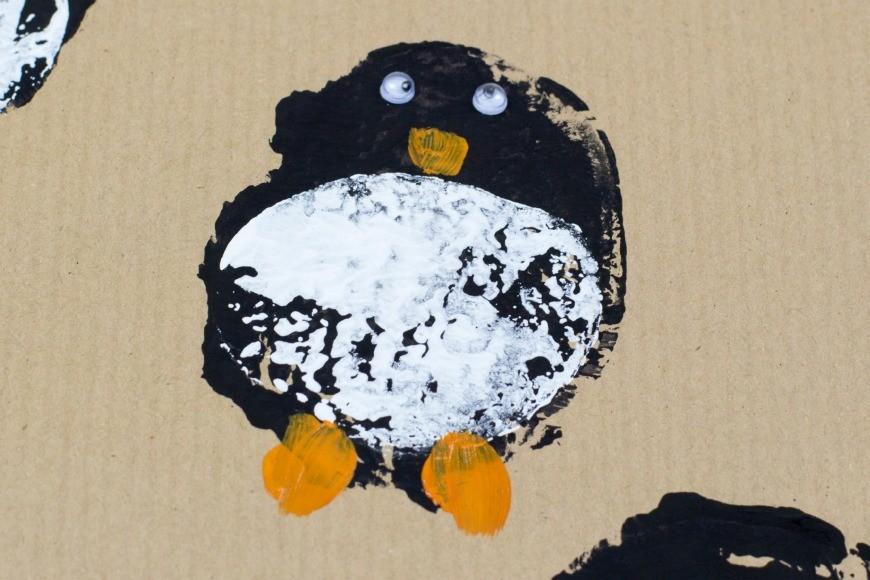 DIY Wrapping paper - potato print penguins