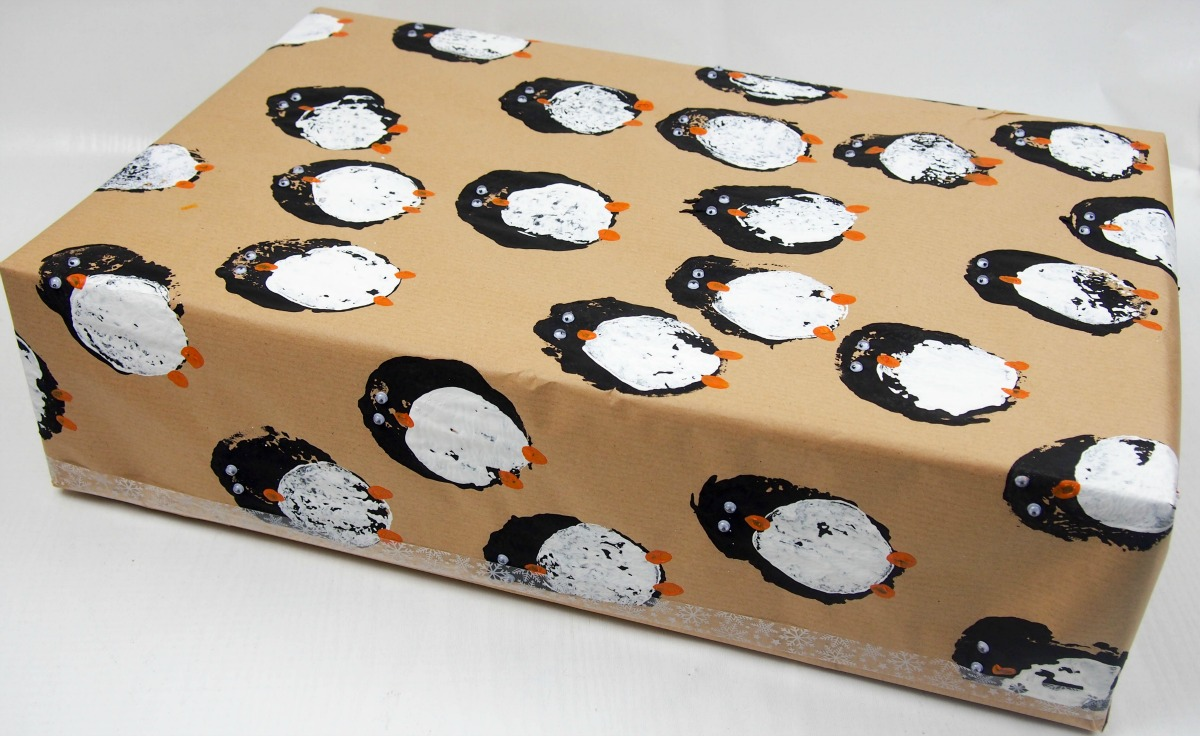 Diy gift wrap potato print penguins mum in the madhouse negle Image collections