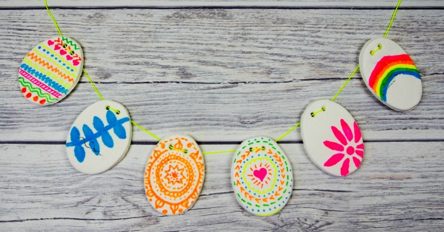 A DIY clay recipe and beautiful DIY Clay Easter bunting a great kids DIY craft for Easter.  This DIY clay recipe has only two ingredients and you can colour on it with markers and felt tips.  It has to be seen to be believed.
