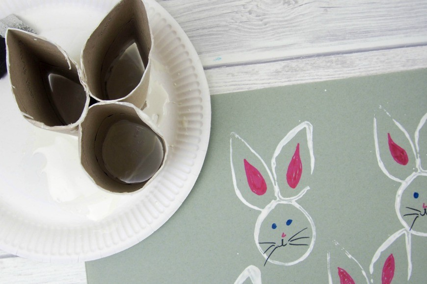 Recycled toilet roll easter bunny stamp mum in the madhouse for Recycle toilet paper rolls crafts