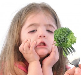 10 Achievable tips for helping picky eaters. Fusy Eating is often a phase, but can be frustrating for parents. Here are some great tips that work #6 is genius