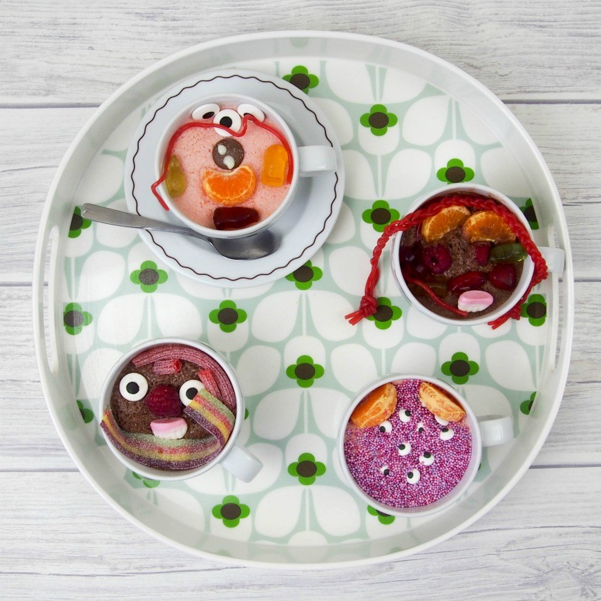 This kids dessert buffet is an excellent way to encourage your kids to eat new foods and perfect for a party