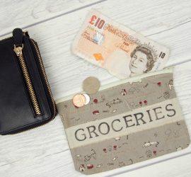 Budgeting - Cash versus card