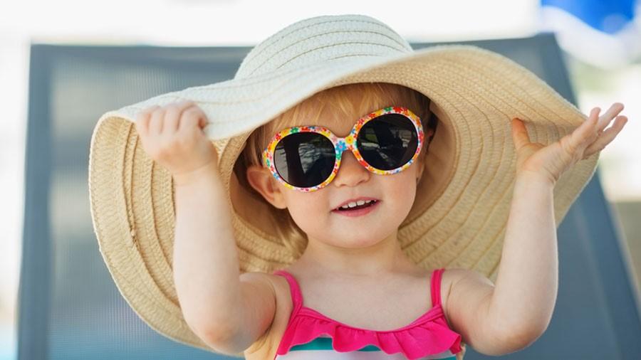 36a257a7d20bd There s sunscreen lotion for your skin but how do you protect your kids   eyes from