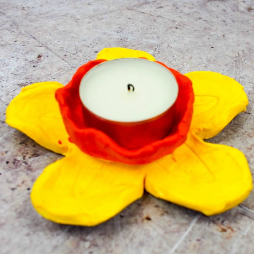 Superb Clay Craft Ideas For Kids Part - 14: DIY Daffodil Clay Pots Or Candle Holders