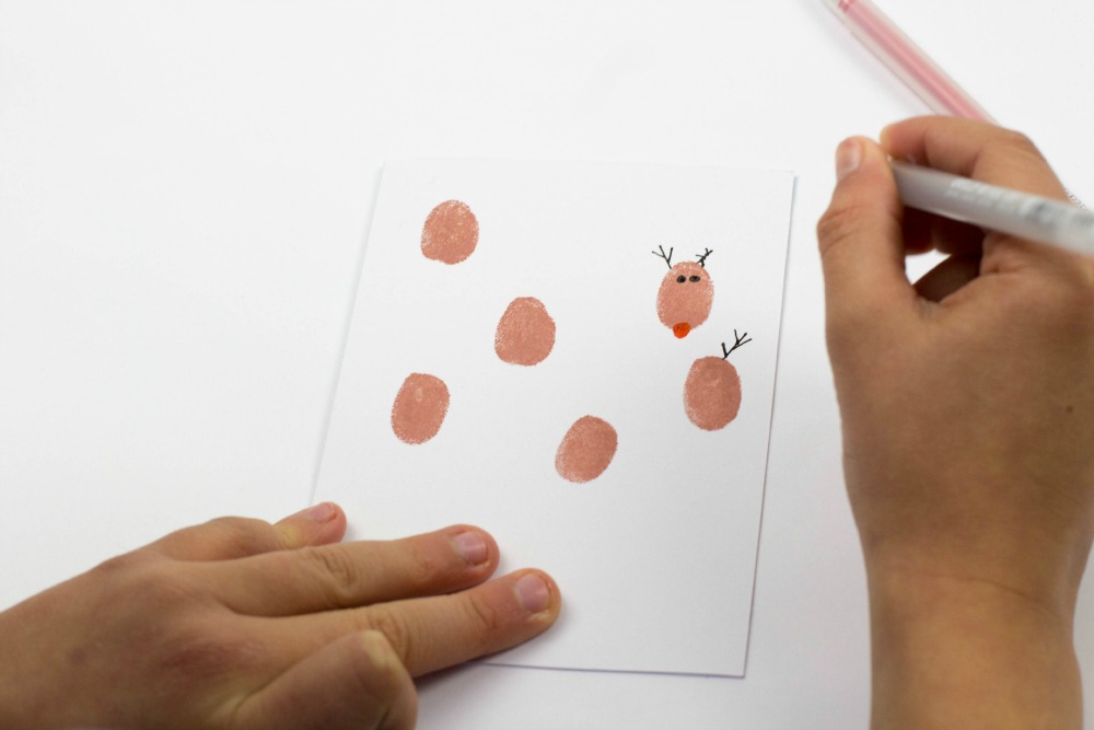 Reindeer Christmas Cards To Make.Fingerprint Christmas Cards Mum In The Madhouse