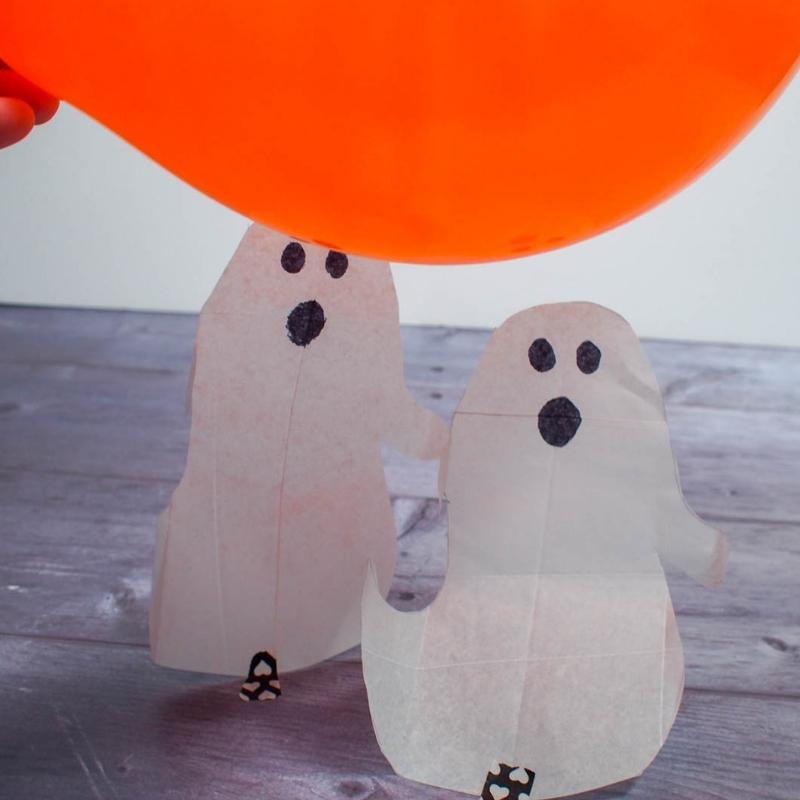 Spooky Science - Dancing Halloween Ghosts and Bats