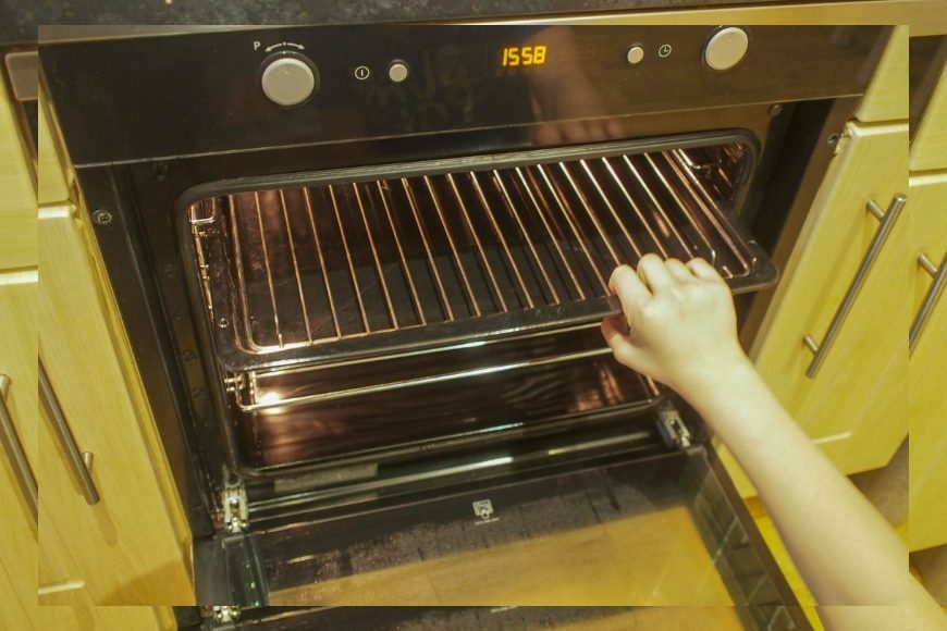 Professional Oven Cleaning - Is it Worth it? Is all the fuss about having your oven professional cleaned true? Does it live up to the hype?