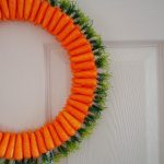 Simple Carrot Easter Wreath