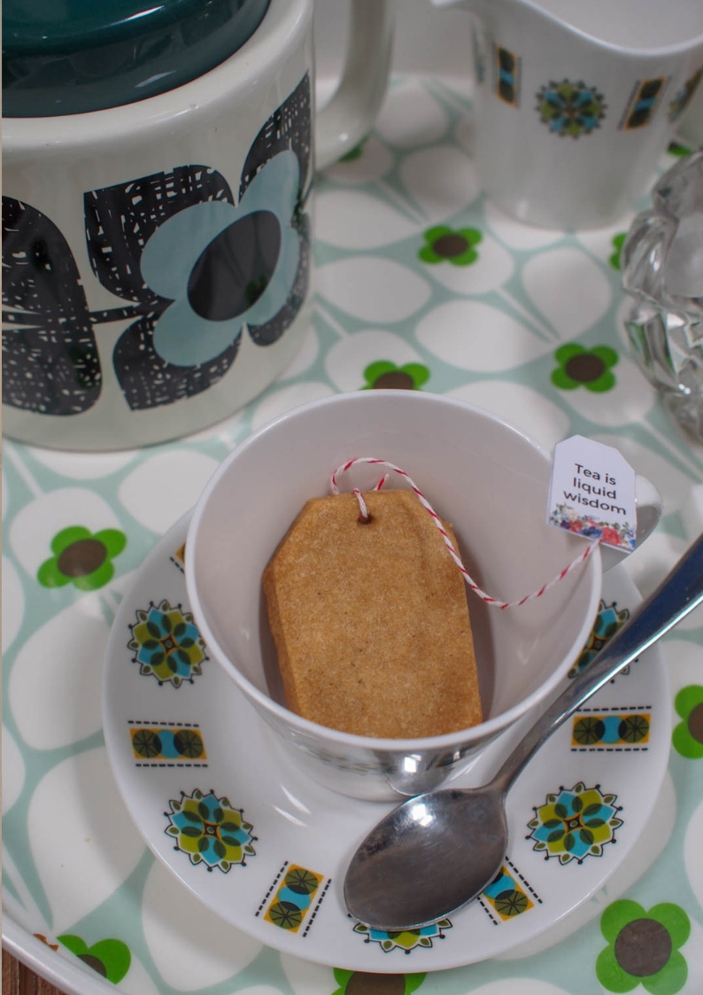 Chai Tea Bag Cookies with Free   Tea Bag Tag Printable. Host an adorable tea party with these delicious shortbread tea bag cookies.