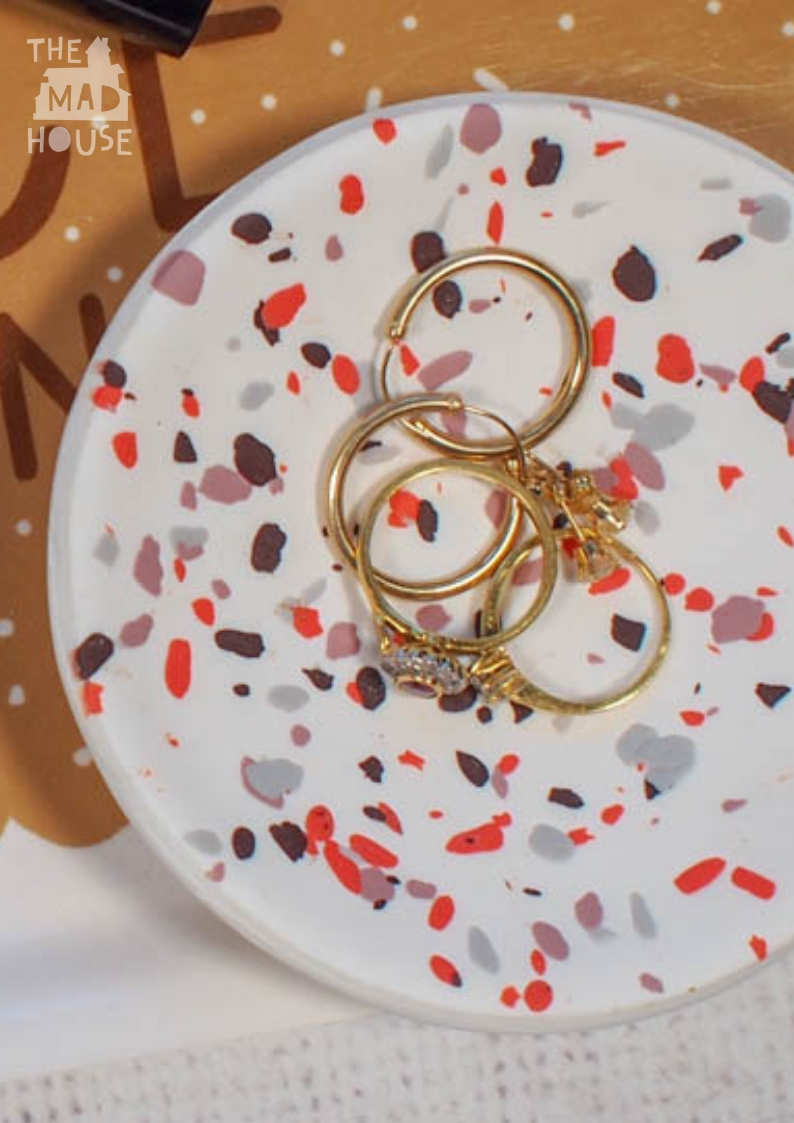 This DIY Terrazzo polymer clay ring dish is a simple way of using up leftover coloured polymer clay. There are so pretty, so simple to make and fabulous homemade gifts.