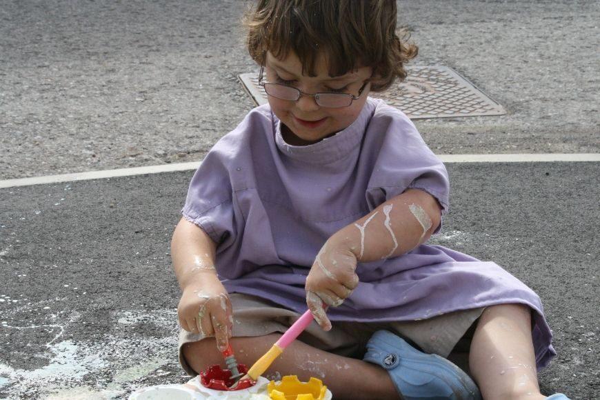 Mini with Pavement Paint