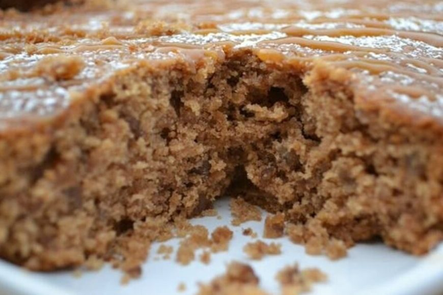 Pear and Pecan Cake