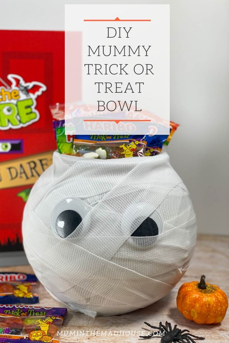 This cute DIY Mummy Trick or Treat bowl is the perfect addition to your Halloween festivities. It is simple to make and only takes a few minutes.