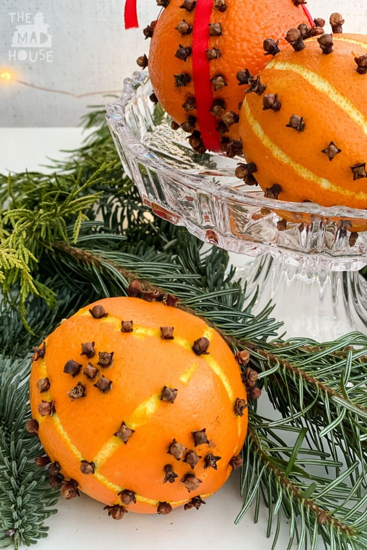 Orange pomander balls are a fab fastice tradition that will make your home smell of Christmas.