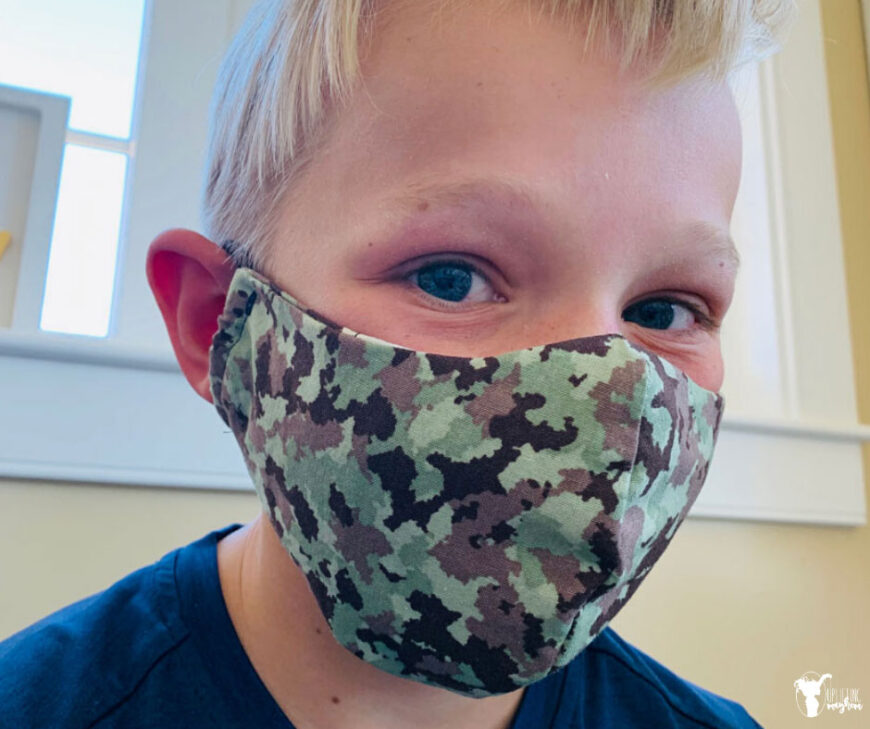 Free sewing patterns for face masks including ones with filters, nose wire and scarf styles with our Free Printables Roundup of face mask patterns.