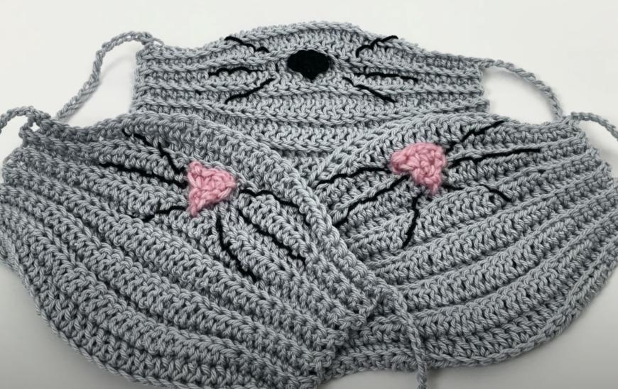 Mouse crochet face mask