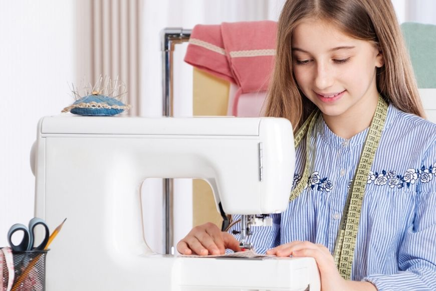 These free childrens sewing lessons online are are clearly set out with really simple, visual instructions