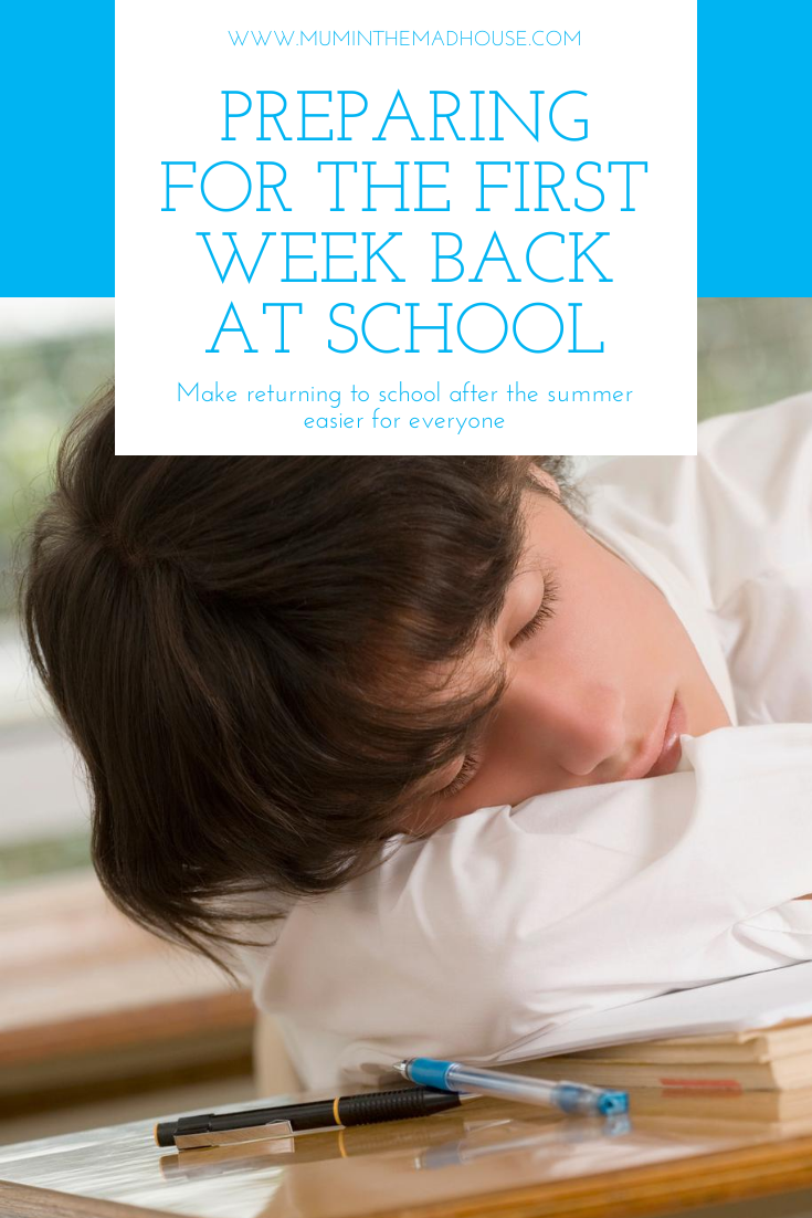 Getting ready to go back to school can be stressful. Read on for tips and ideas for organizing and simplifying what clothes and supplies to buy for the new school year as well as easing the transition. #backtoschool #organize #prepare #transition #supplies