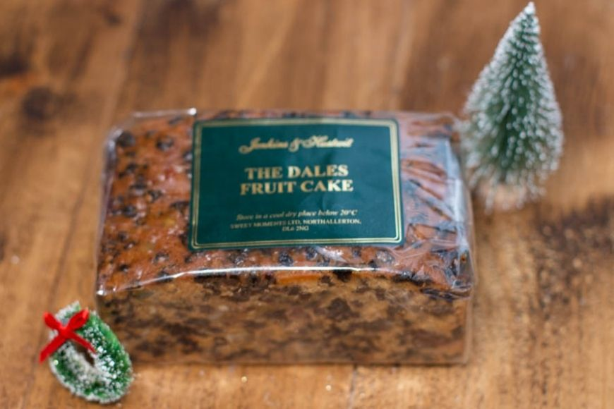 Jenkins & Hustwit Farmhouse Cake Review - The Mad House reviews traditional Yorkshire farmhouse cakes from ex-school cookery teachers.
